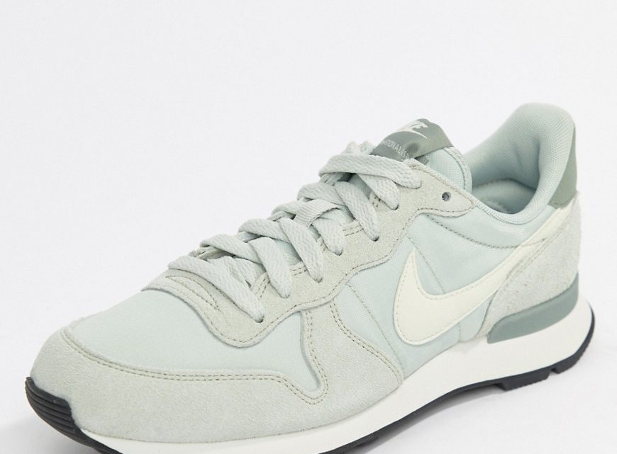 Nike - Internationalist - Baskets en daim - Argenté