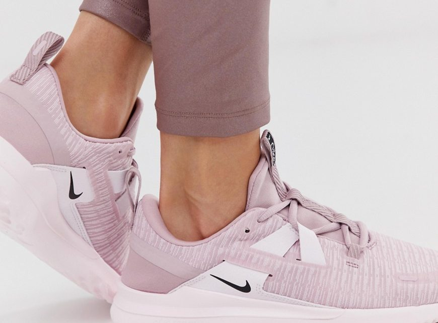 Nike Running - Renew Arena - Baskets - Rose